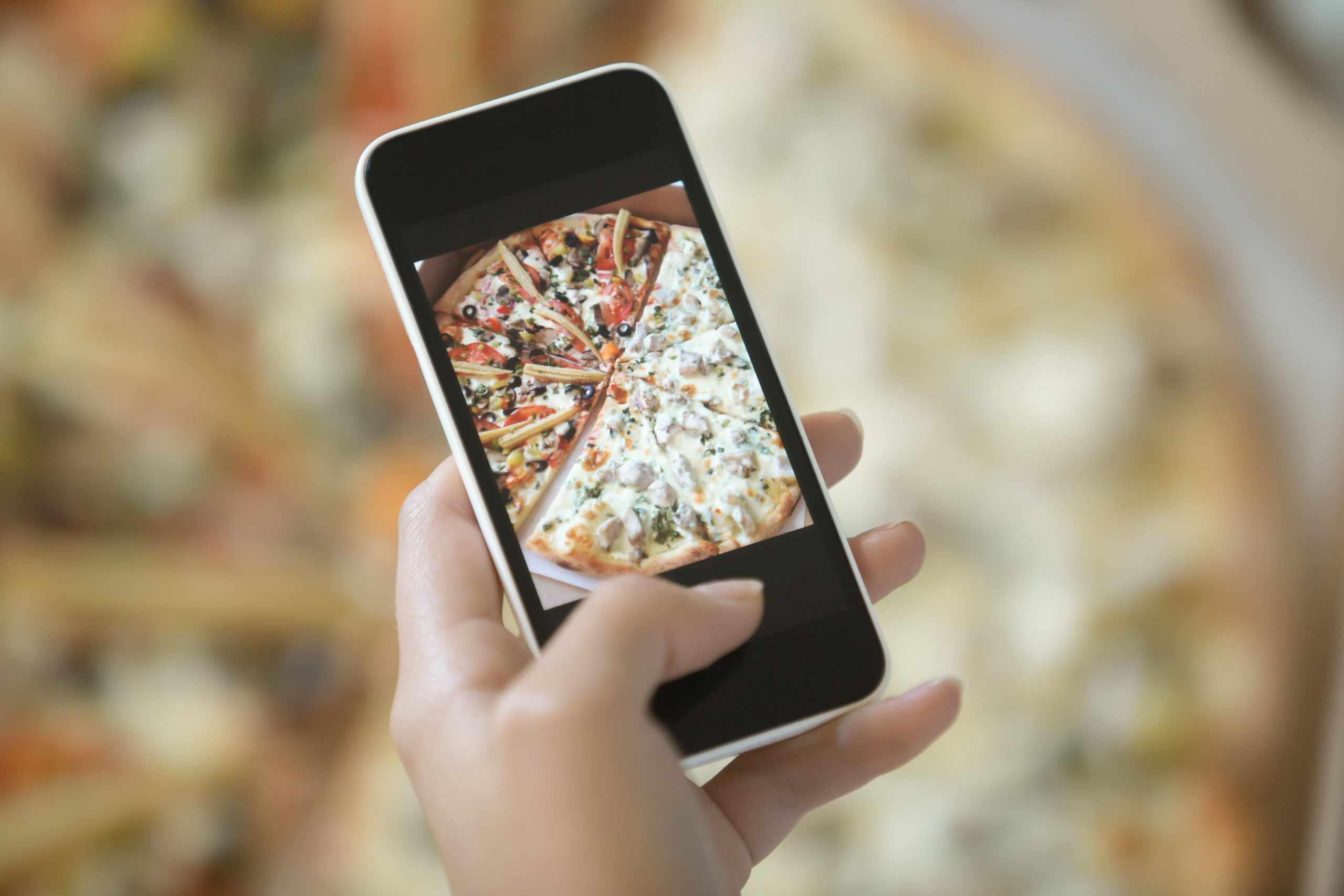 top things to consider before building your food delivery app